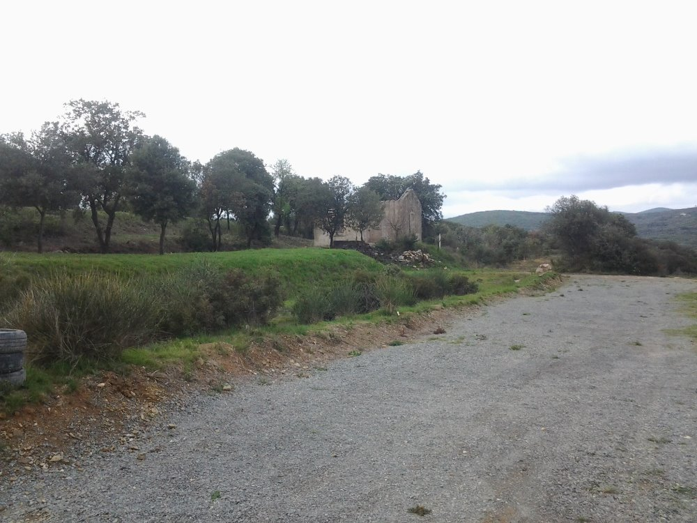 Aire camping-car à Roquessels (34320) - Photo 3